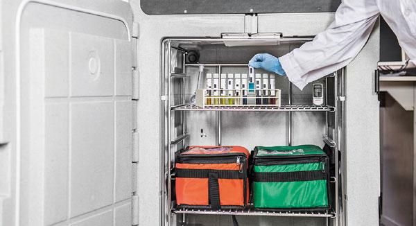 Geladeiras portáteis para entrega de vacinas